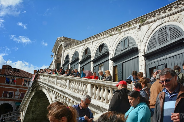 Rialto Bridge Venice Crowds