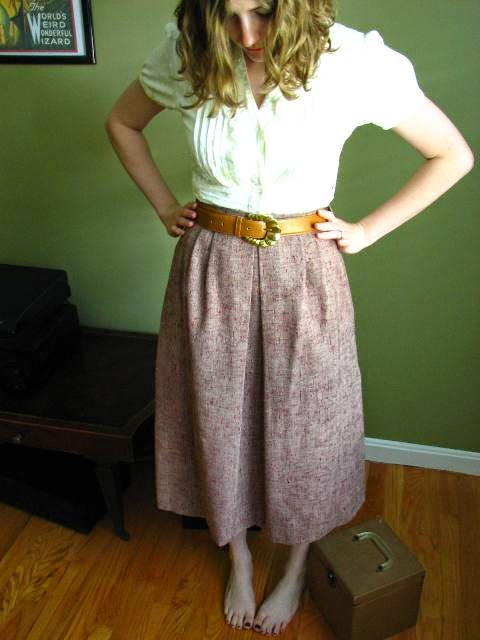 https://www.etsy.com/listing/233763630/beautiful-1960s-pleated-mauve-midi-skirt?ref=shop_home_active_1