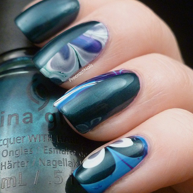 http://www.procrastinails.com/2014/09/the-31-day-challenge-2014-day-20-watermarble.html