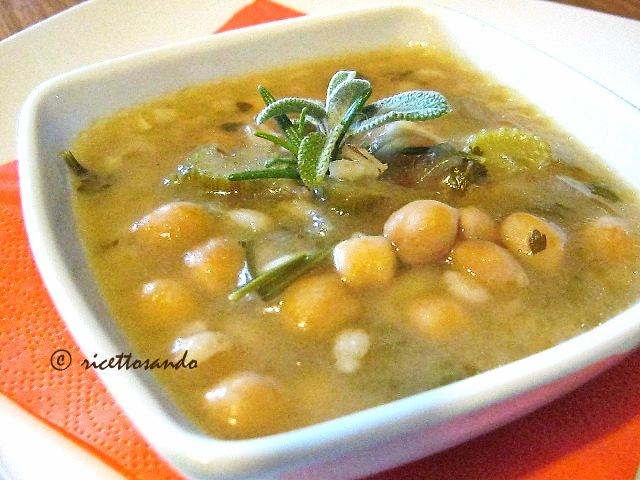 Zuppa invernale di ceci con orzo e farro ricetta primi piatti