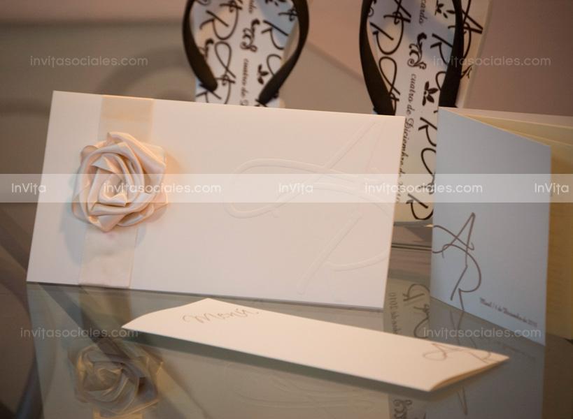 invitacin de boda con rosa de listn