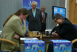 Echecs en Roumanie : Liviu-Dieter Nisipeanu (2662) 1-0 Vassily Ivanchuk (2776) © ChessBase