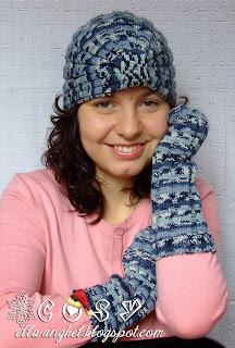 http://ella-anghel.blogspot.ro/2013/12/turbane-tricotate-si-manusi-asortate.html
