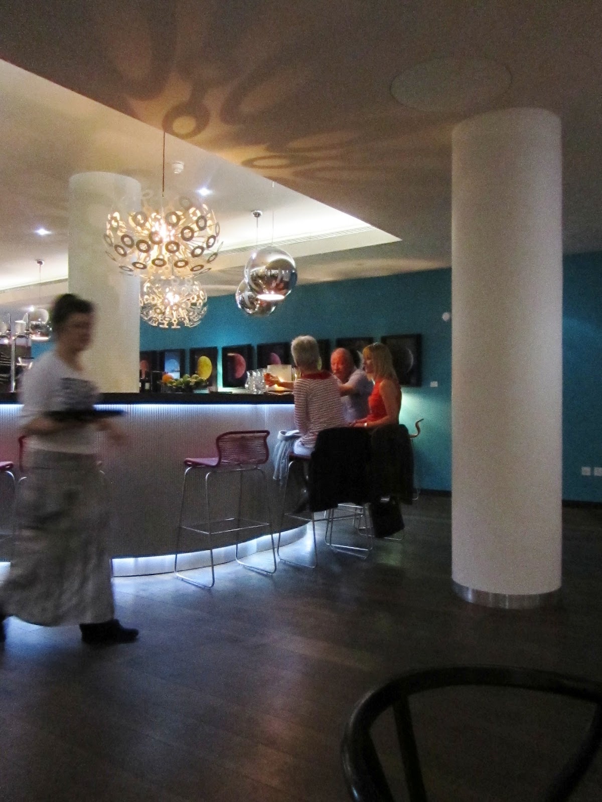 the lodge bistro essay A world-class arts and learning centre, the barbican pushes the boundaries of all major art forms including dance, film, music, theatre and visual arts.