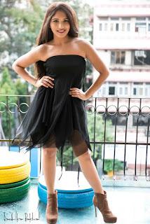 Divya Agarwal sizzling Pictures 003.jpg