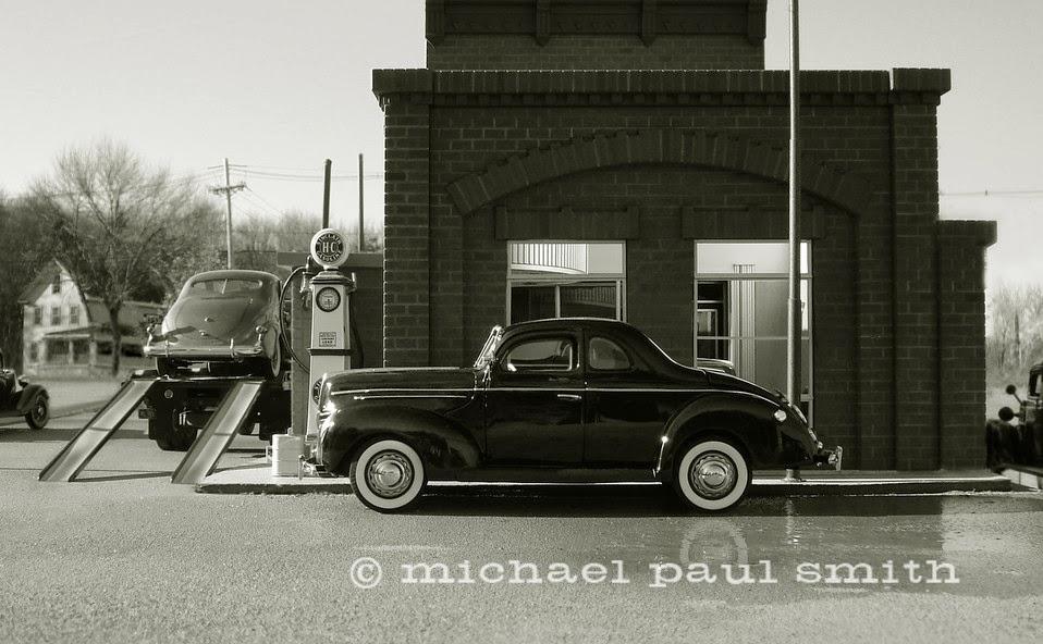 05-1939-Ford-Model-World-1950s-Model-Maker-Michael-Paul-Smith-www-designstack-co