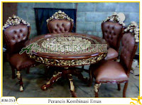 Kursi dan Meja Makan Kayu Jati dengan kombinasi emas Ukiran Perancis Mahkota