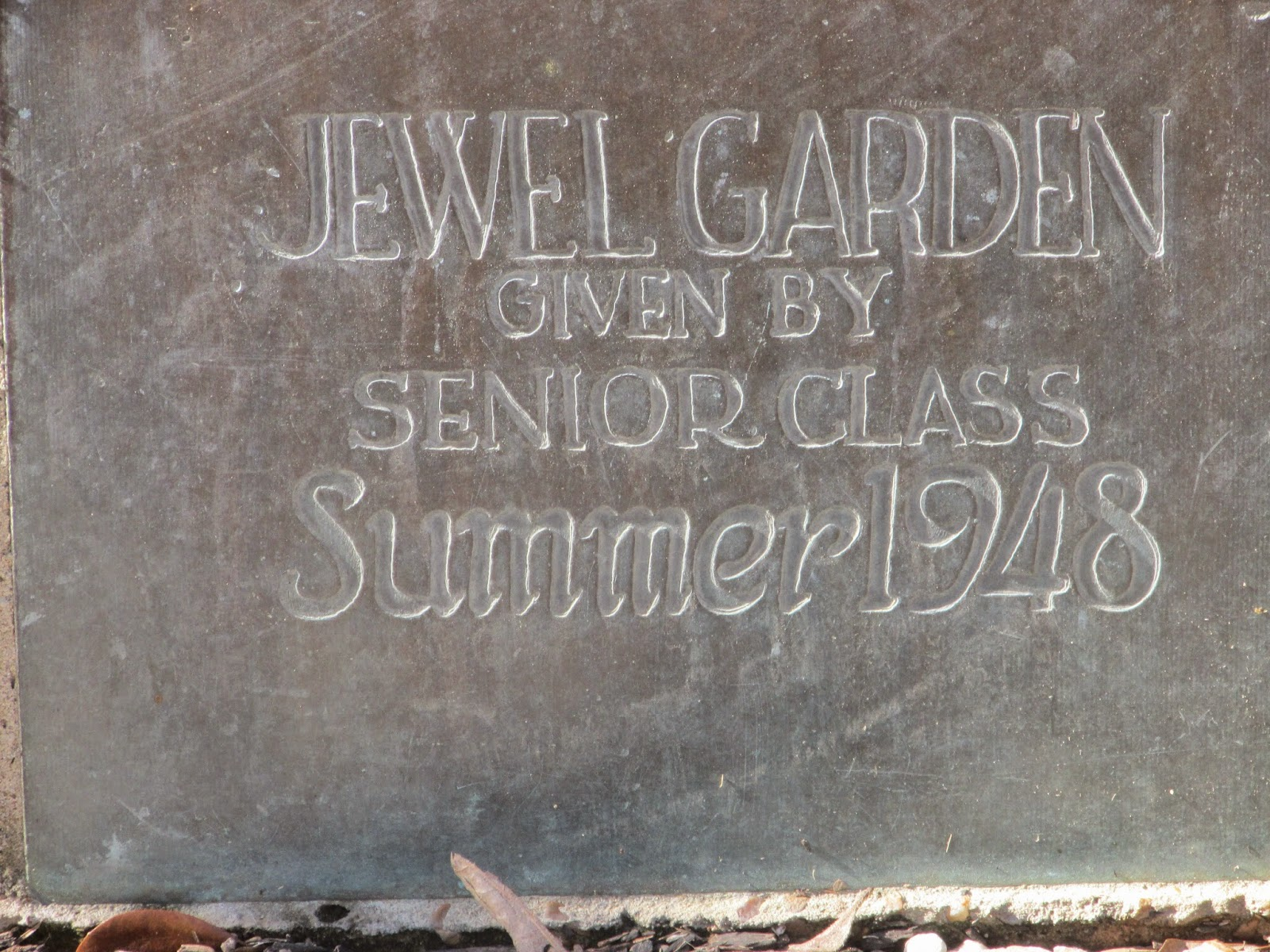http://www.buildingshsu.com/j/jewel_garden/index.html