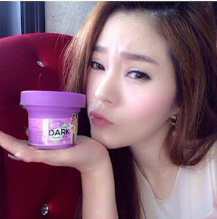 Cream Pemutih Bokong Clear Dark Chomnita