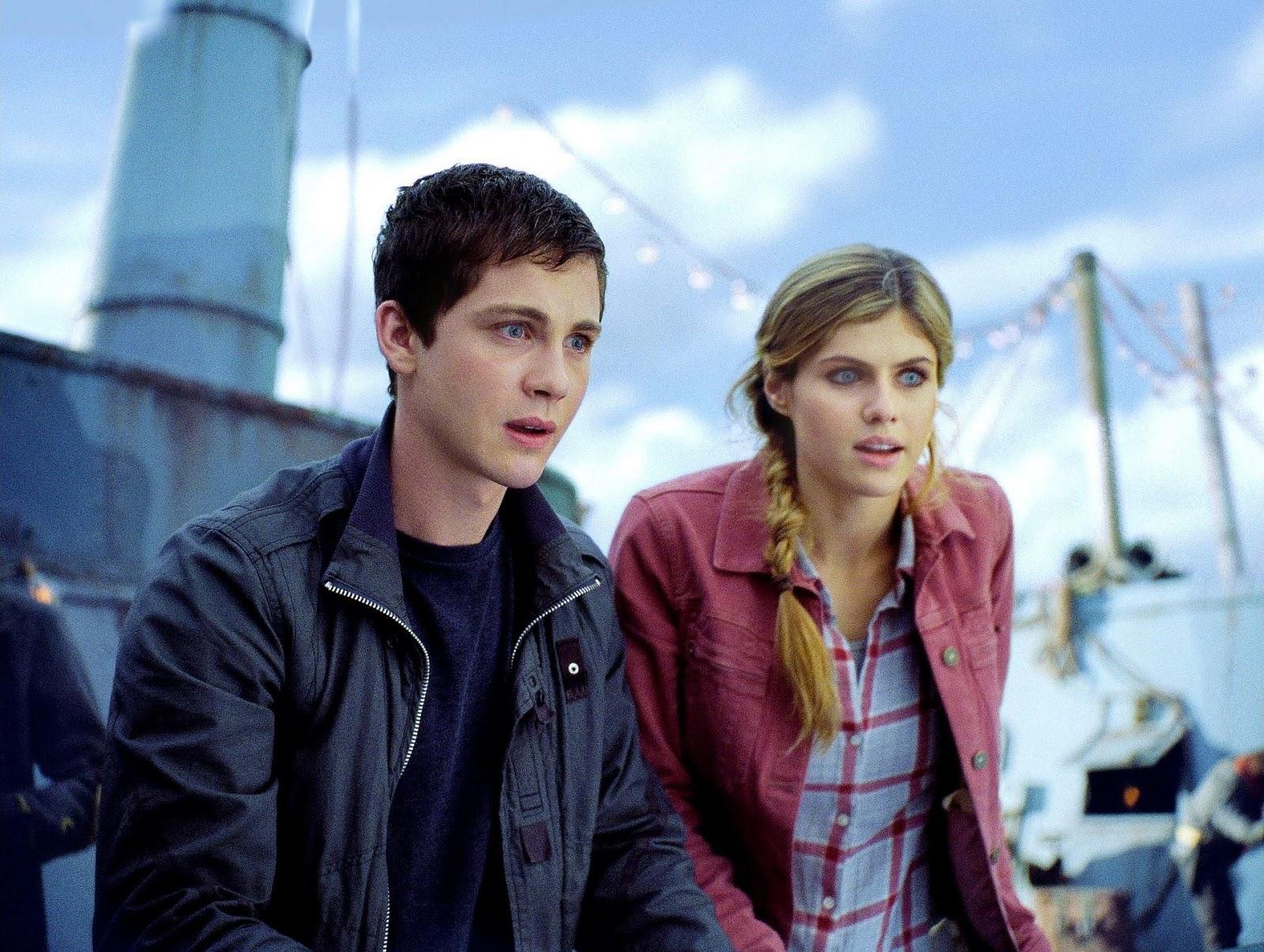 Logan Lerman como Percy Jackson y Alexandra Daddario como Annabeth Chase