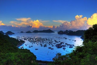 3  days 2 nights  tours:  Discover Lan Ha bay by kayaking and rock climbing