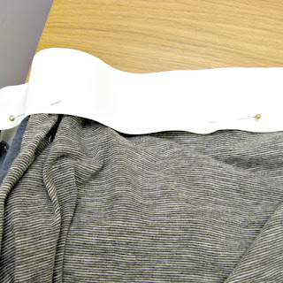 Pinning waistband to recycled t-shirts