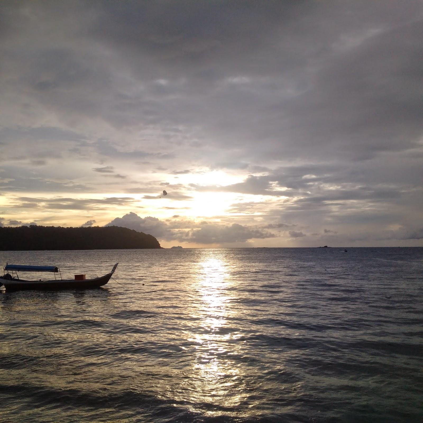 Boat ride, eagle- feeding, Langkawi ferry, Langkawi Island, Makam Mahsuri, Malaysia Islands, Malaysia top beaches, Malaysia trip, Parade Mega Mall, sea, shopping, tourism, travel,