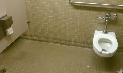 humor banheiro
