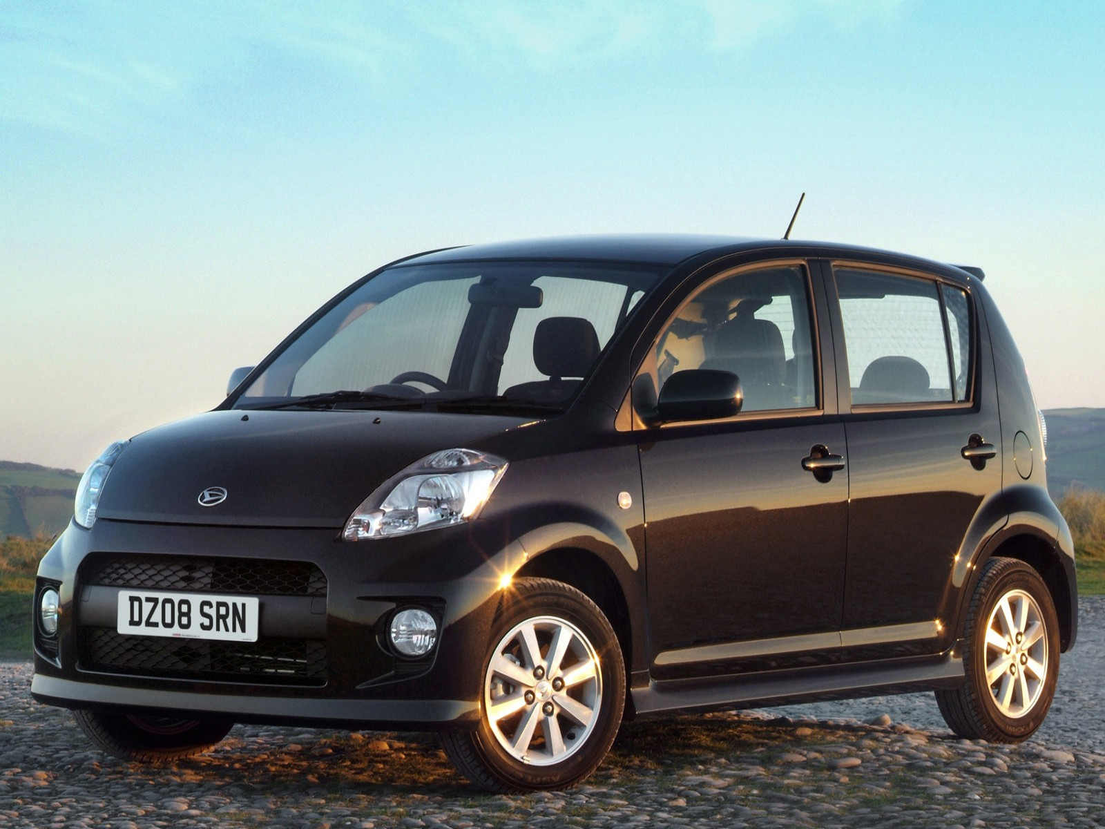 car and car zone daihatsu sirion 2007 new cars car. Black Bedroom Furniture Sets. Home Design Ideas