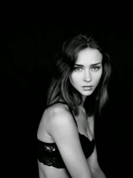 Linda modelo Rachel Cook mulher sensual ensaio fotográfico Chris Shintani