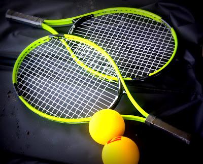 racket, balls