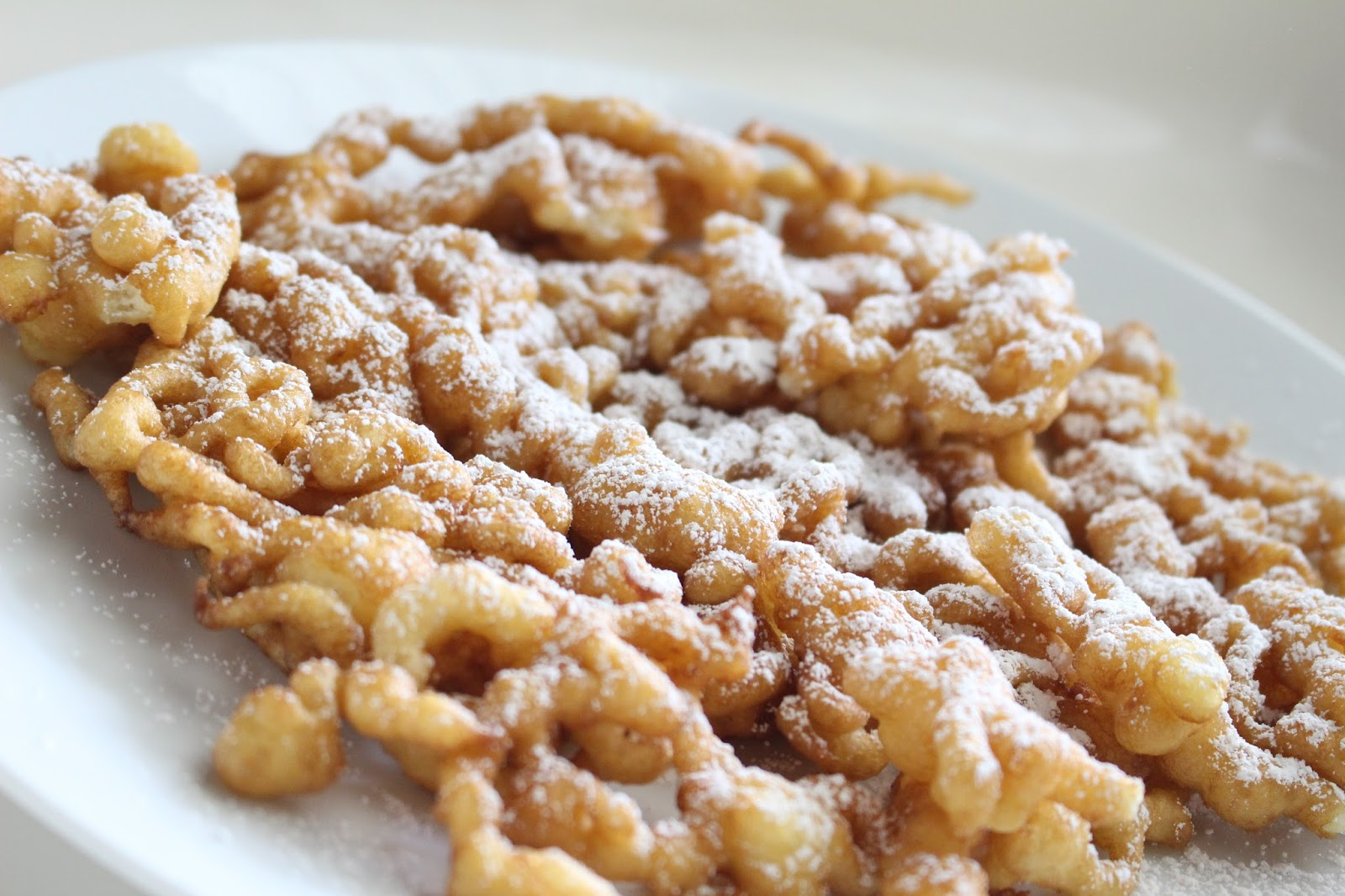 Bianca Lively: Easy Bisquick Funnel Cakes