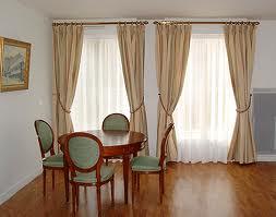 Genie bricolage d coration d coration rideaux fenetre 2013 for Decoration fenetre avec rideau