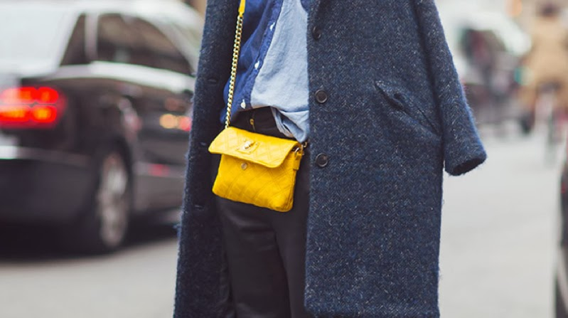 crossbody bag street style