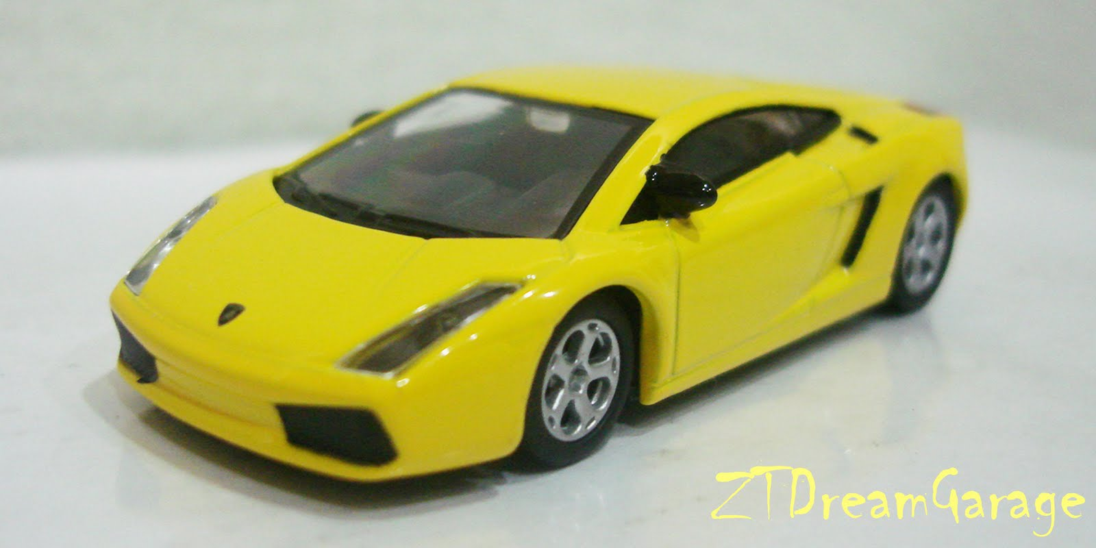 Zt S Dream Garage Greenlight Lamborghini Gallardo Yellow