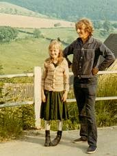Eileen Brown with Claude Whatham on location for 'Cider with Rosie' in 1972