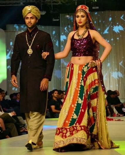 A-couple-dress-design