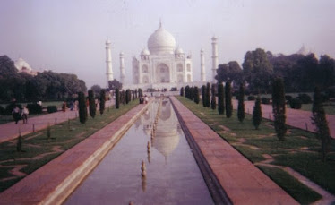 Taj Mahal, Agra, India.