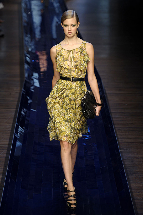Knittygirl2006 jason wu spring fashion mode design for Jason wu fashion designer