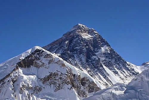 Mount Everest 8850m (29035ft) Nepal