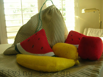 Living Design - Felt Fruit