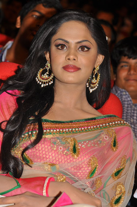 karthika actress pics