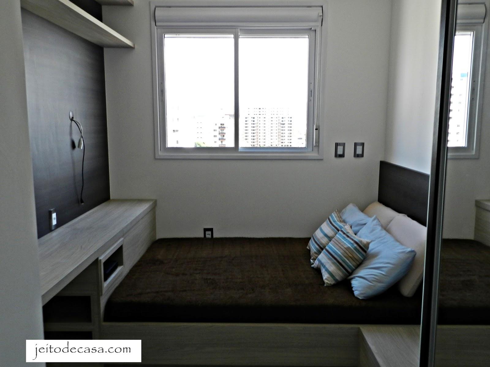 #4A6781 Quarto de 9 metros com cama de casal! Jeito de Casa Blog de  636 Janelas Para Quarto