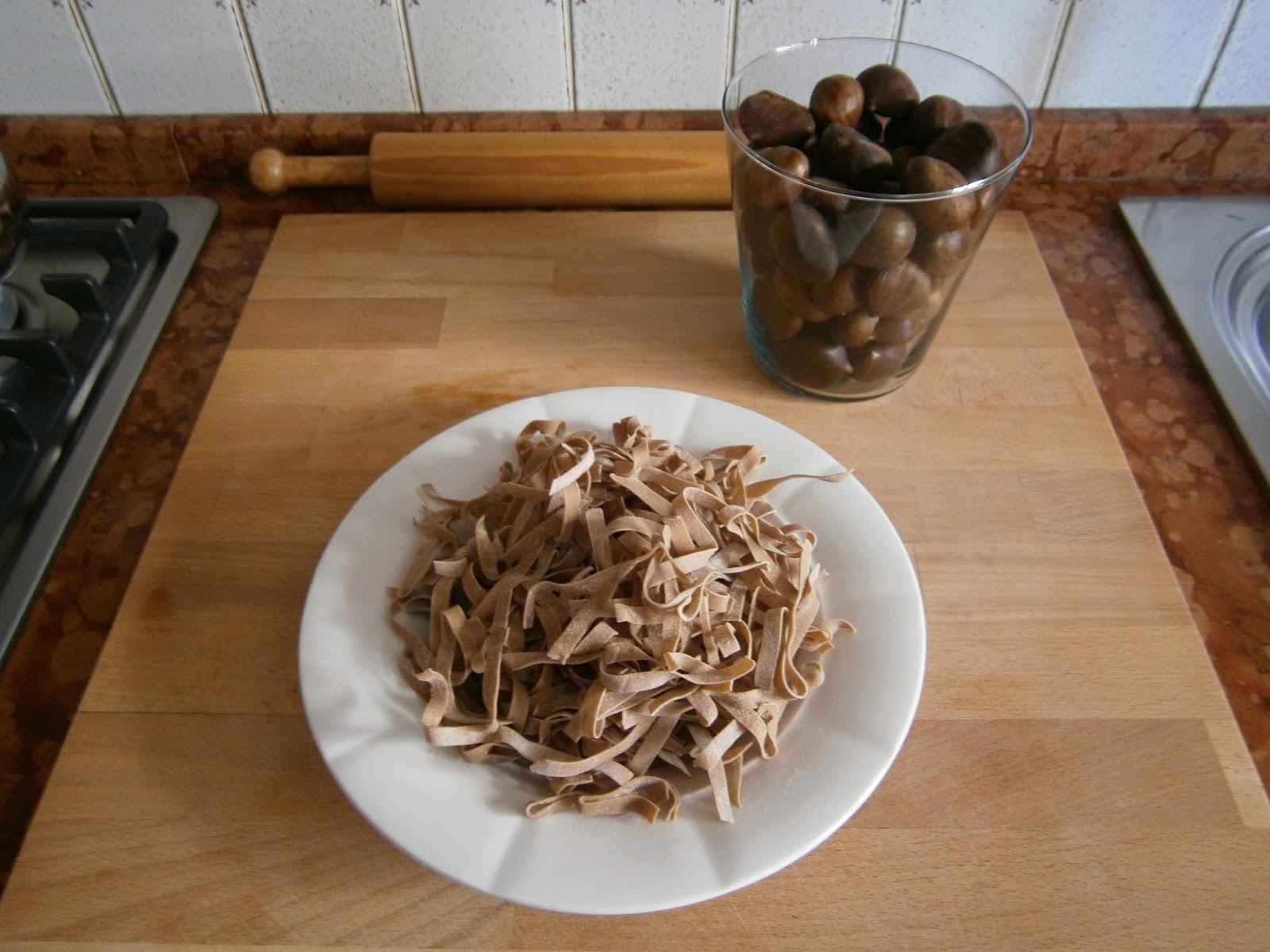Anna in casa ricette e non solo tagliatelle con farina for Ricette castagne