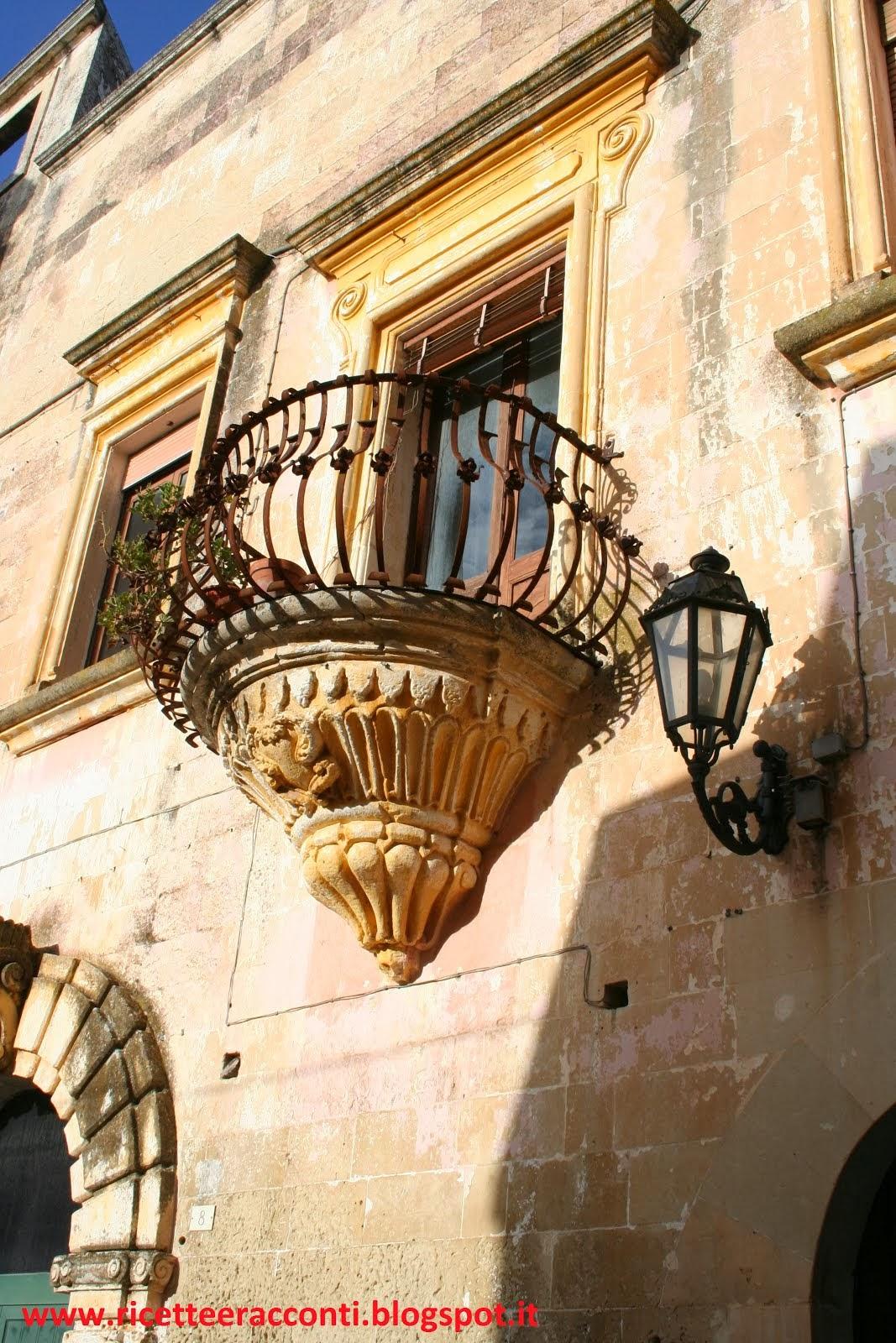 Un romantico balcone a Corigliano