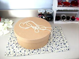 La mia vita shabby chic torta di stoffa tutorial for Foderare una scatola