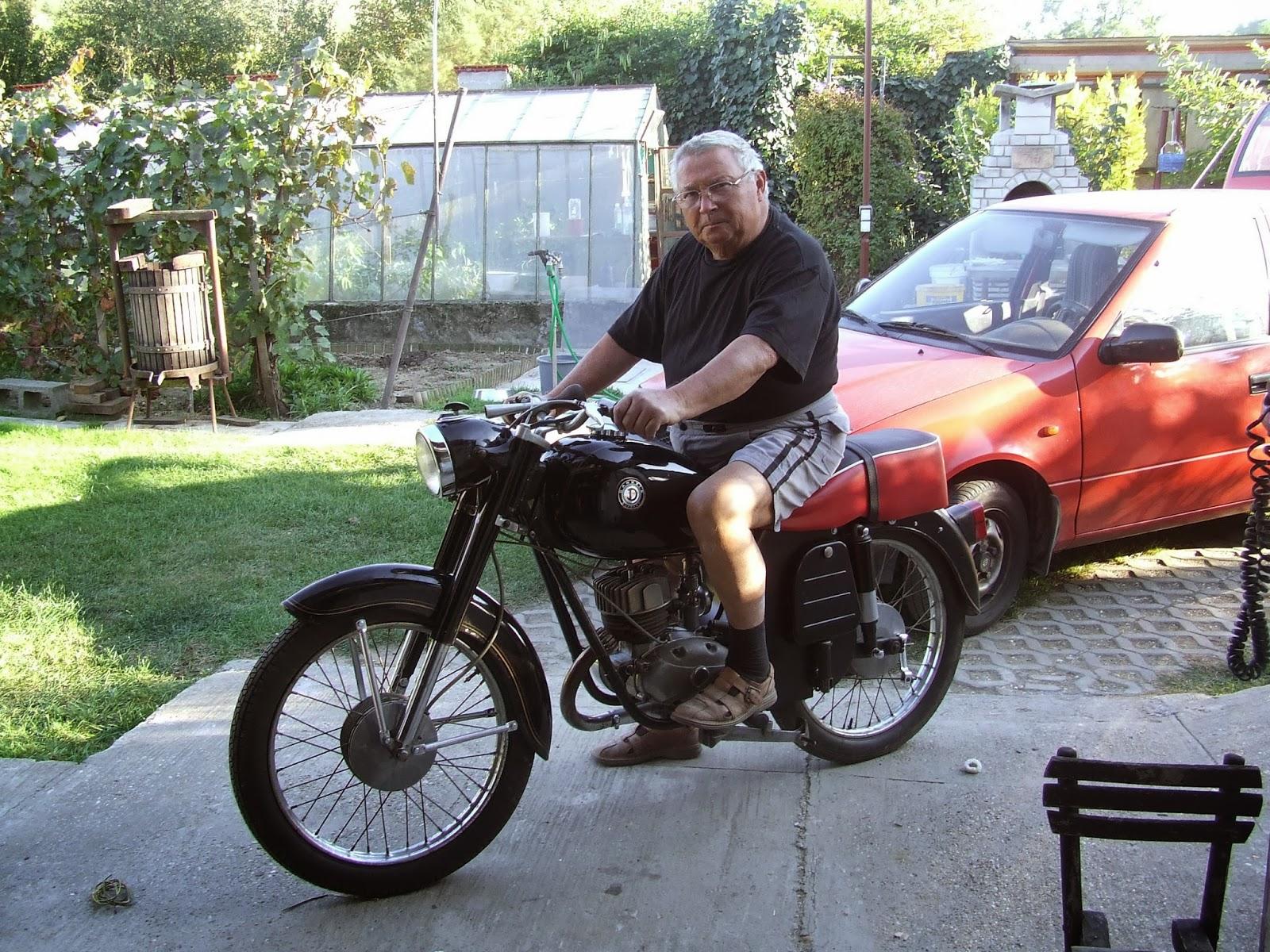 Egy 500 napos motortura 750 - 205 A Motoros Eml Kek M G Lnek S Nem Fakulnak