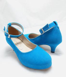 sepatu wanita trend 2010 Trend Model Sepatu Cewek Yang Lagi Musim Di 2013