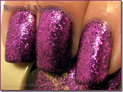 Accessorize Shade 37 Ruby Sparkle Swatch