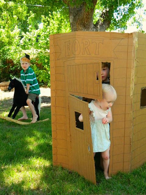 DIY cardboard cowboy fort Just Peachy, Darling