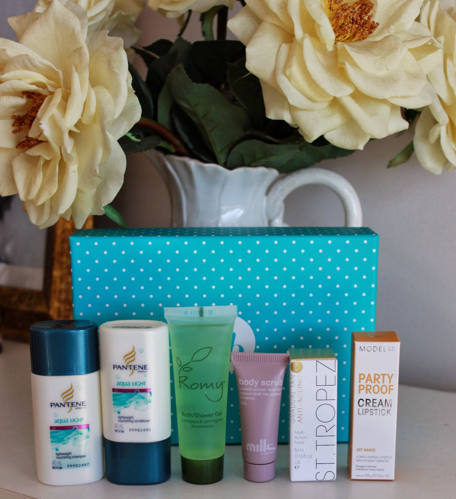 Beauty Subscription Service, Pantene, Bellabox, Makeup, Modelco