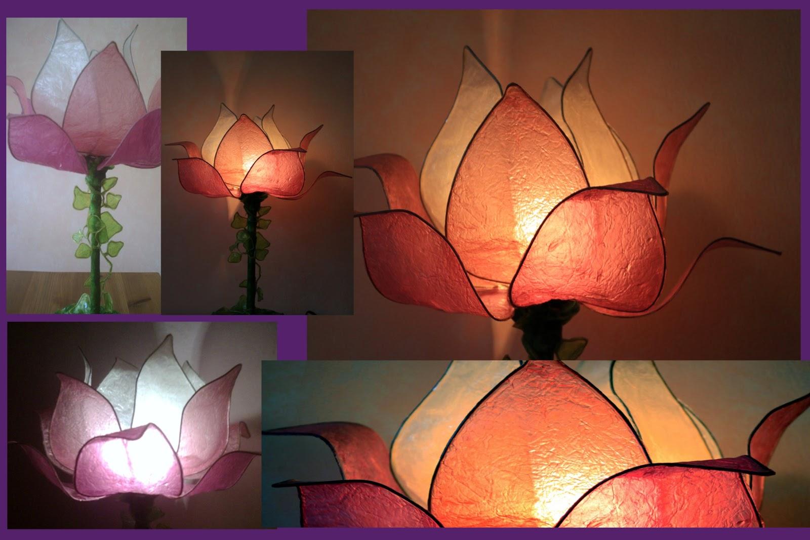 lampada fiore di loto su stelo