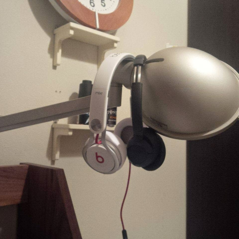 Beats mixr Bose soundtrue oe