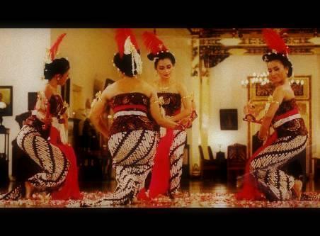 Tari Serimpi Yogyakarta Tari Serimpi Tarian