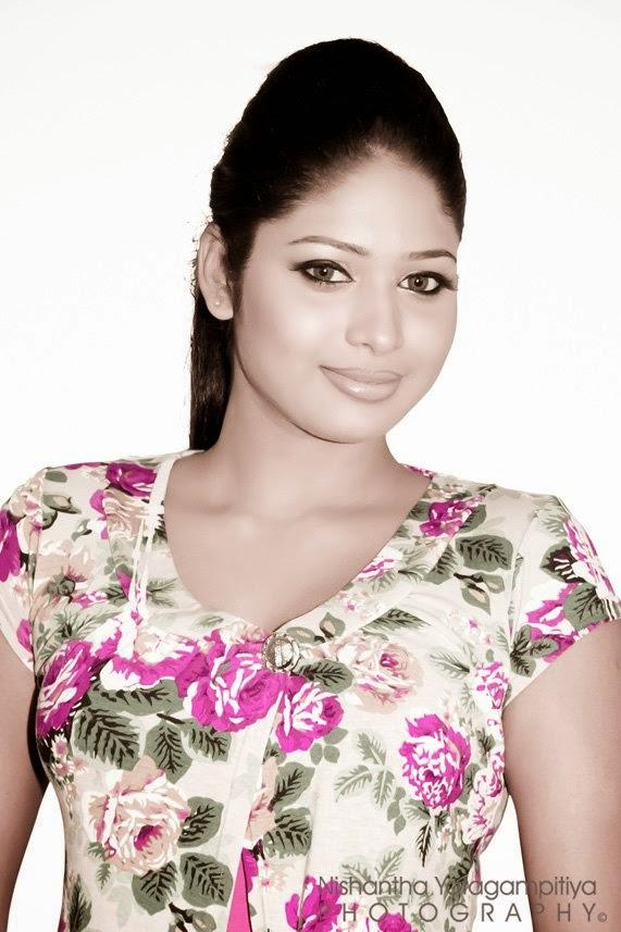 Lakshi Perera srilankan airlines