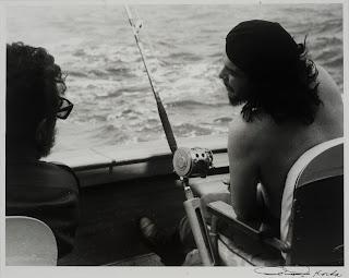 Fidel y Ché Pescando (1959) by Korda