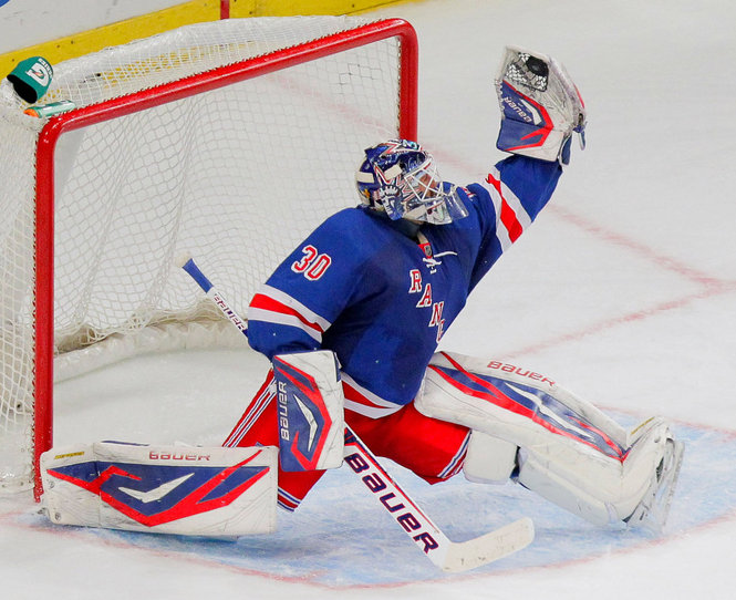 Posted by Rose at 2 43 AM 0commentsHenrik Lundqvist Glove Save