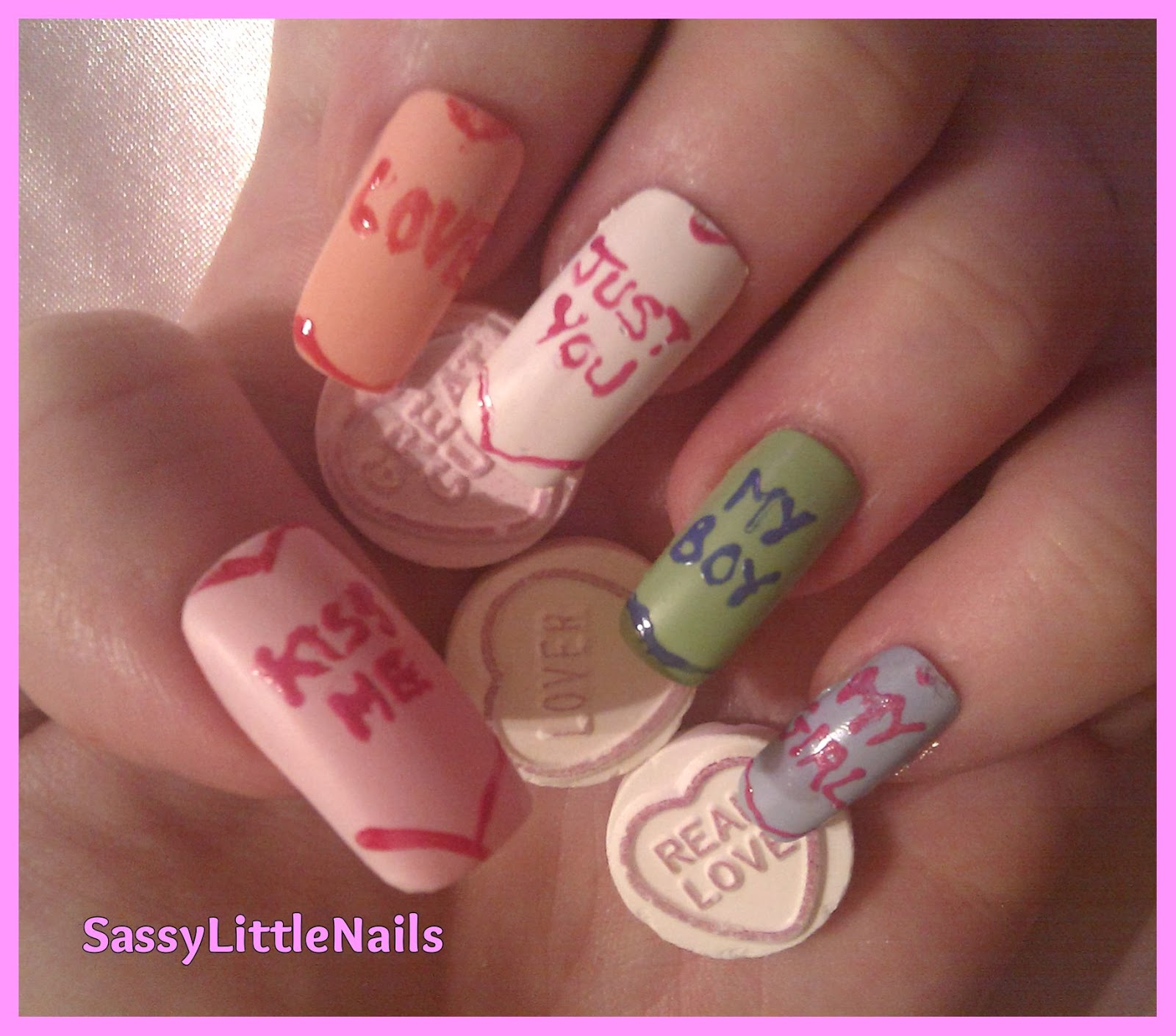 SassyLittleNails: Love Heart sweets nails