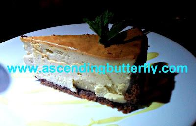 Cheesecake Dessert, High Street Caffe & Vudu Lounge