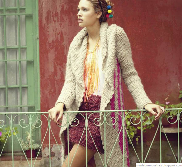 De las Bolivianas tejidos artesanales. Tapados tejidos moda.